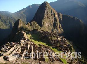 Planes a Perú